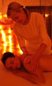 Wellnessmassage_web-1_gespiegelt